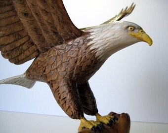 Bald Eagle Wood Carving, Hand carved sculpture