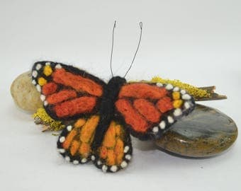 monarch butterfly, gift with flowers, insect lover, bird lovers, needle felted, unique