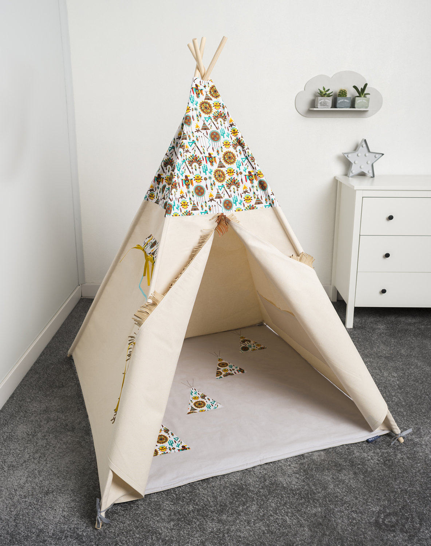 la tente tipi des enfants les enfants jouent tente tipi. Black Bedroom Furniture Sets. Home Design Ideas