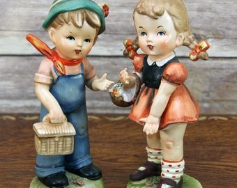 """Hummel Style Boy & Girl w/Picnic Baskets 7.5"""" Figurines ~ Adorably Dressed, Charmingly Posed ~ Made in Japan by Erich Stauffer~ Very Sweet!"""