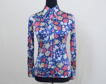 Vintage 70's Women's Small Medium Polyester Blue Floral Hippie Disco Blouse Shirt