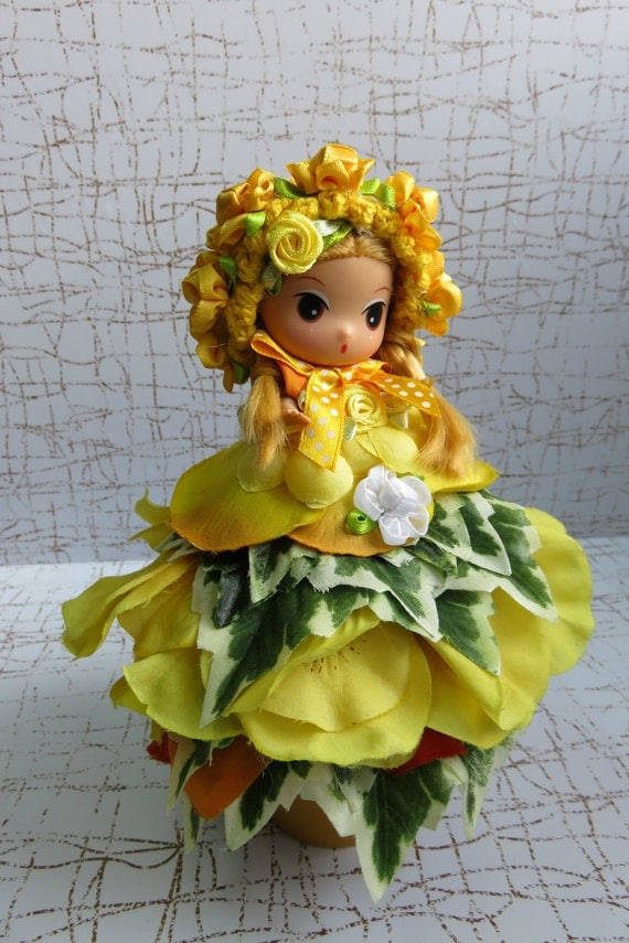 Flower Dressed Doll, Clay Pot Doll, Clay Pot Flower Dressed Doll, Doll Dressed in Yellow Silk Flowers, Flower Pot Dressed Doll, Home Decor,