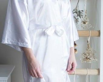 Bridal Kimono Robe / White Robe /White Silk Robe / Bridal Party Gift / Matching Robe / Bridal Party Robe / Kimono Robe Silk Kimono