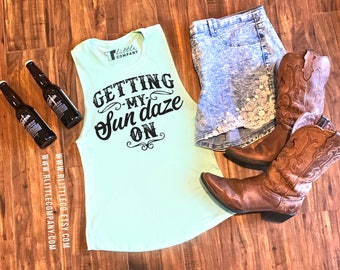 Getting My Sun Daze On Women's Festival Tank XS-4X // Country concert tank // Country Music Tank //