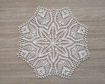 Crochet linen doily, white linen doily, white knit doily, knit table centerpiece, wedding table decor, wedding doilies, linen wedding decor