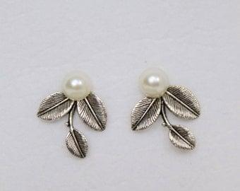3 Leaf Pearl Earring Studs, White, Ivory & Champagne