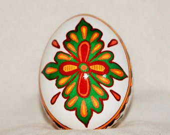 Pysanky egg, Ukrainian Easter Egg, pisanki, Batik egg.  Mehndi inspired design.  Chicken egg, Easter egg. Made in USA
