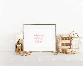 8x10 landscape gold frame mockup / Styled stock photography / Instant download / #3638
