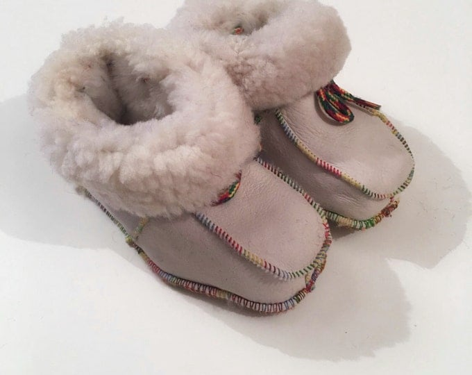Warm baby mouton shoes F470