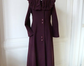 Wool coat with large, individual collar coat in bordeaux red, hand made