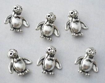 4 Pcs Penguin Charms Antique Silver Tone 3D 15x14mm - YD1251
