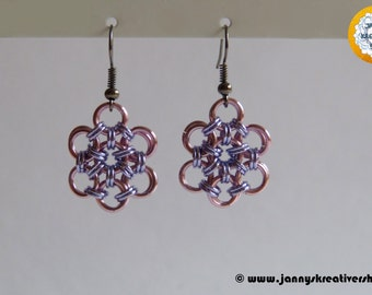 Japanese flower in pink lavender, earrings, Chainmaille