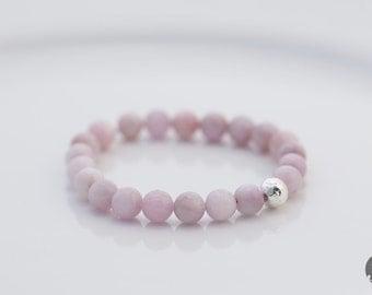 Kunzite Beaded Bracelet in Silver, Stretch Bracelet, Kunzite Bracelet, Kunzite Jewelry, Beaded Bracelet - for Her, byJTSjewelry