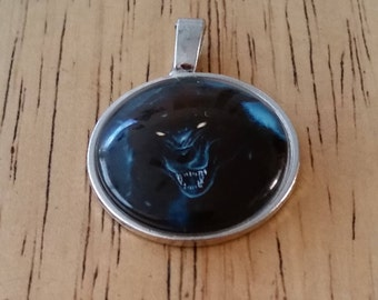 1 - Silver - Glass Cabochon - Pendant - Necklace - Black Wolf -  The size is 36mm x 28mm
