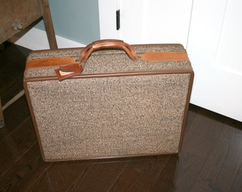 Hartmann Suitcase With Keys//Hartmann Leather and Tweed Luggage//Vintage Luggage