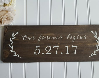 Engagement Sign, Engagement photo prop, Engagement announcement, Rustic Wedding