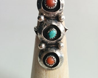 Sterling Silver Vintage Handmade Navajo Turquoise and Coral Elongated Triple Shadowbox Ring