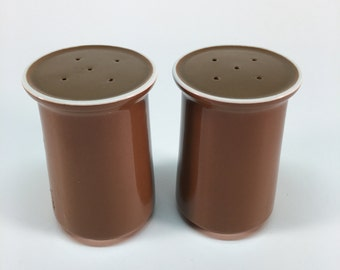 Vintage Japan ceramic salt and pepper shakers