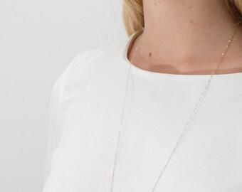 Collier sautoir Black Inessa doré à l'or fin, plaqué or pierres semi précieuses labradorite pierres fines minimaliste boho