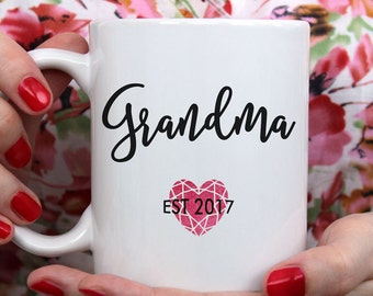 Grandma Mug, Grandma Coffee Mug, Gift for Grandma, New Grandma, personalized, grandparent gift, pregnancy reveal, gift, mugs, gift for Mom