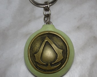 Assassins Creed Glow In The Dark Pendant Keychain Collectible