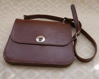 Vintage Leather Bag, Leather Handbag, Leather Purse, Brown Bag, Satchel Look, Brown Leather, Vintage Bag, Shoulder Bag, Long Strap Bag