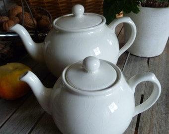 Lot of two teapots / coffee pots vintage white