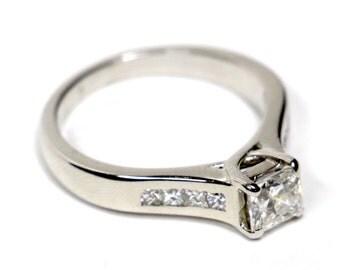 0.90 CT. Diamond Engagement Ring in 14K White Gold