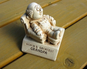 1970 / World's Greatest Grandpa Figurine / Paula / Carving / Figure / Statue / Old Man / Woodgrain / Made in England / W178 A.U.M. / Marked