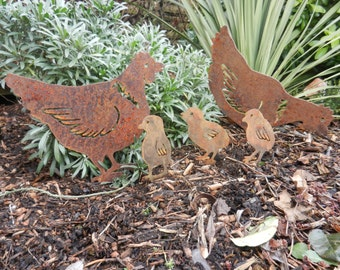 Rusty Metal Hen & Chicks / Easter Chicks / Chicken Garden Art / Chicken gift / Spring Chicks / Metal Garden Ornament / Hen Garden Decor