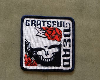 "Grateful Dead -- Skull with Roses -- iron-on embroidered patch (aprox. 3"" x 3"")"