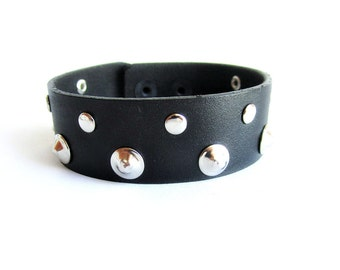 Mens studded bracelet, mens leather cuff bracelet, mens riveted leather bracelet, black leather studded cuff, leather wristband