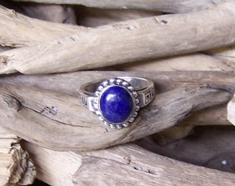 Blue Lapis 925 Silver Ring, size 6