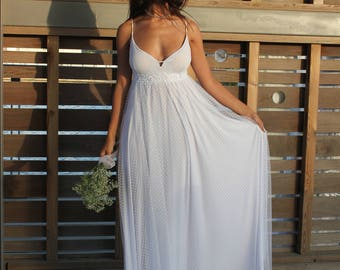 Boho Wedding Dress, Beach Wedding Dress, White Wedding Dress, Bohemian Wedding Dress, Tulle Wedding Dress, Rustic Wedding Dress, Romantic