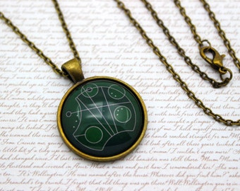 Harry Potter and Doctor Who, 'Slytherin' in Gallifreyan, Gallifrey Necklace or Keychain, Keyring