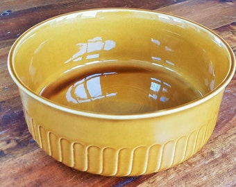 Gorgeous Glossy Mid Century Ceramic Bowl, from Tulowice, Poland by Reinhold Schlegelmilch, 1950's. Toffee glaze, ceramic.