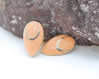 80's enamel vintage earrings | peach tear-drop earrings | vintage earrings | retro peach and gold jewelry