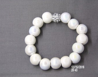 B1255 Shiney White Ceramic Beaded Bracelet with silver connector