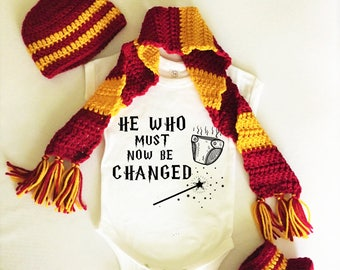 Harry Potter Baby Bodysuit Onesie Hat Boots Scarf He Who Must Now Be Change Costume Newborn Infant Gryffindor Hufflepuff Ravenclaw Slytherin