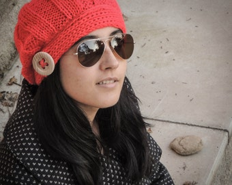 Knitted beret cap