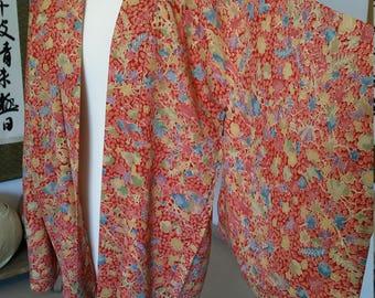 Red haori with flowers / kimono jacket / kimono silk jacket / vintage jacket / summer colorful jacket / summer airy silk jacket
