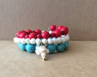 Tri-Colored Beaded Turtle Memory Wire Bracelet