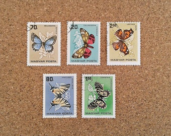 Vintage Postage Stamp set from Hungary with various butterflies. 5 stamps, ideal for collectors. Vintage collectibles for crafts