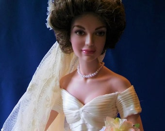 Jacqueline Kennedy Porcelain Bridal Doll by Franklin Mint