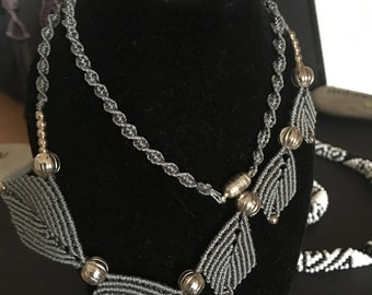 Macramé necklace with leaves
