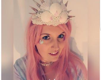 """""""Mermaid Crown"""" headpiece / beach party / wedding / cosplay / Ariele / Mermaid / Princess of pearls"""