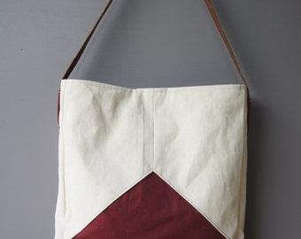 Triad Tote in Wine