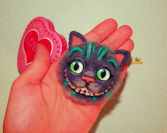 Felt brooch cat Needle felted brooch Cheshire Cat felted brooch accessory jewelry Alice in Wonderland cat felt brooch Christmas dools gift