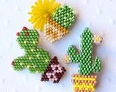 Lot de 3 broches cactus en perles miyuki