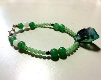 Green Bracelet , Chalcedony, Aventurine quartz, Colored quartzite